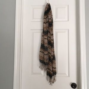 Accessories - Brown, Black and white metallic scarf